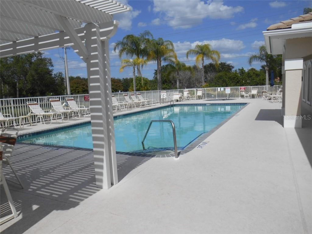 Condo for sale at 6336 Bay Cedar Ln #6336, Bradenton, FL 34203 - MLS Number is A4402459
