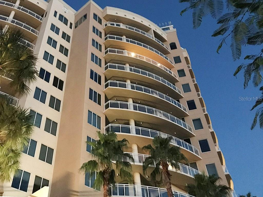 Gulf of Mexico - Turquoise Blue Waters - Condo for sale at 1300 Benjamin Franklin Dr #1008, Sarasota, FL 34236 - MLS Number is A4405360