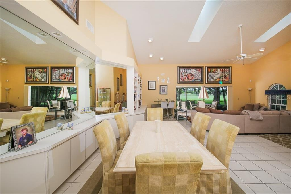 Large Dining Area - Villa for sale at 4472 Calle Serena, Sarasota, FL 34238 - MLS Number is A4407721