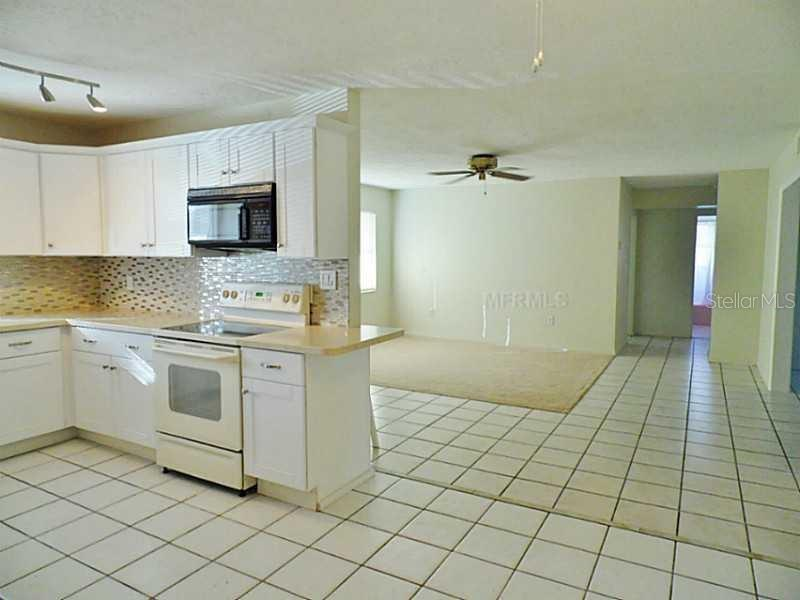 Single Family Home for sale at 5703 17th St W, Bradenton, FL 34207 - MLS Number is A4408673