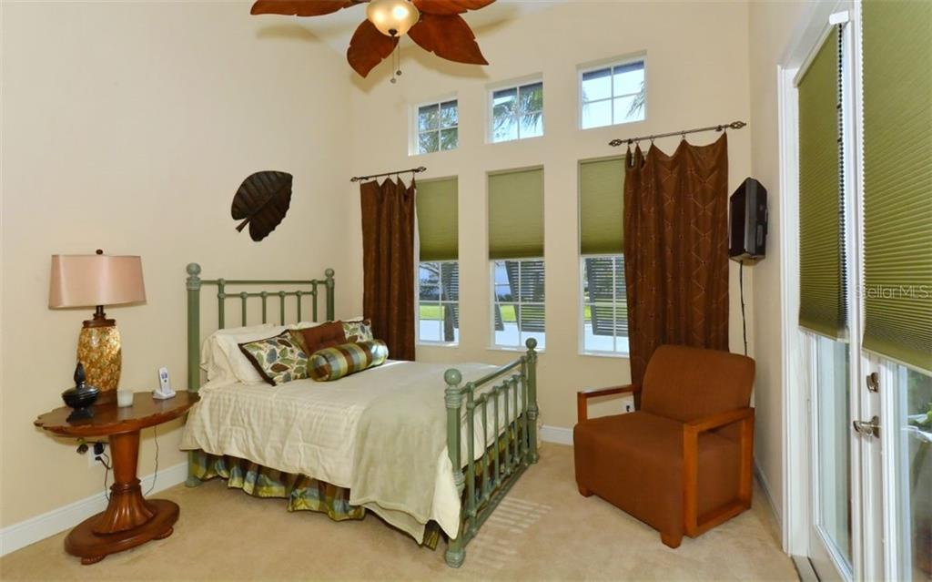 Bedroom 2 - Single Family Home for sale at 5114 Lake Overlook Ave, Bradenton, FL 34208 - MLS Number is A4412194