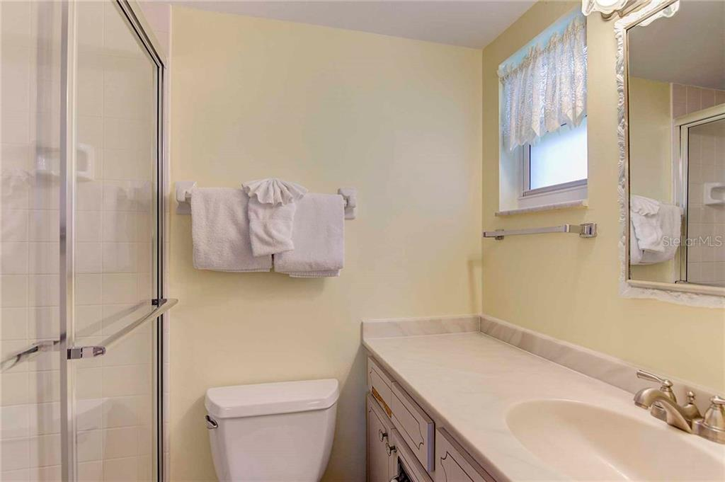 Master Bathroom - Condo for sale at 925 Beach Rd #107b, Sarasota, FL 34242 - MLS Number is A4413716