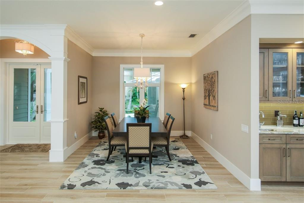 Dining Room - Single Family Home for sale at 4847 Primrose Path, Sarasota, FL 34242 - MLS Number is A4415116