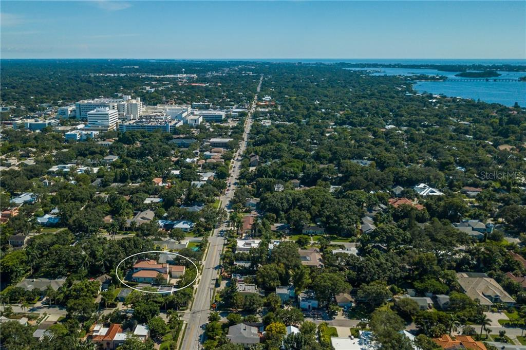 Aerial towards Southside Village, SMH & Siesta Key - Single Family Home for sale at 1019 S Osprey Ave, Sarasota, FL 34236 - MLS Number is A4415337