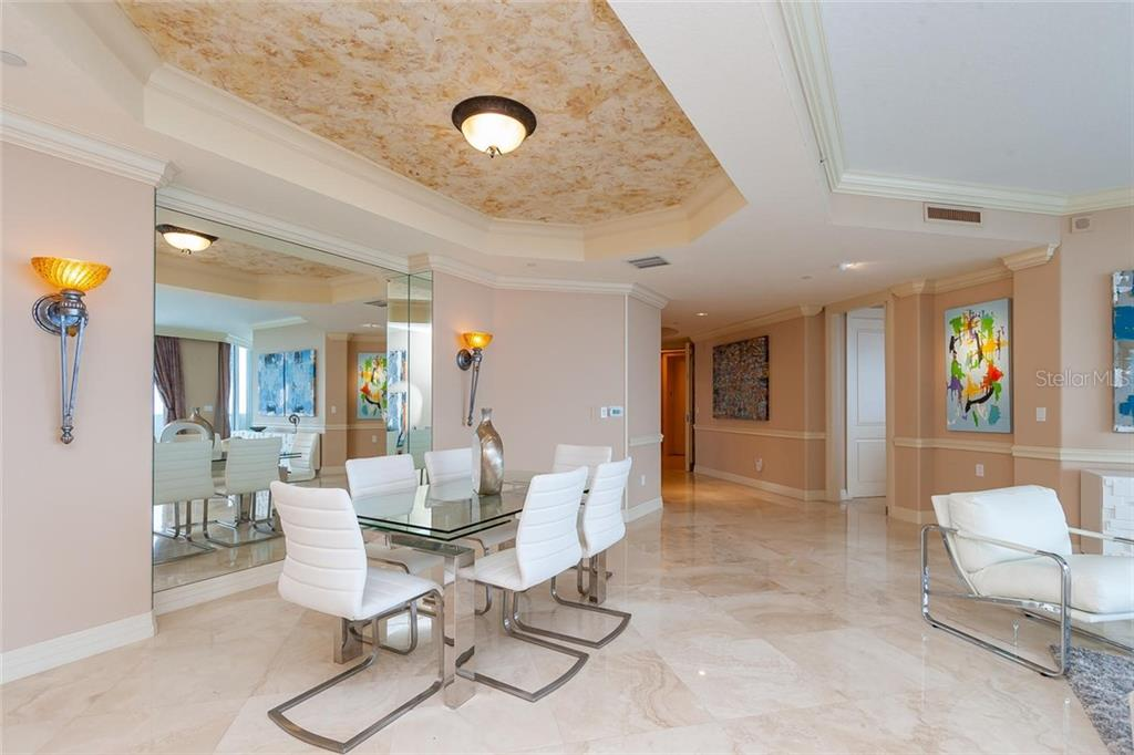 generous dining space - Condo for sale at 990 Blvd Of The Arts #1102, Sarasota, FL 34236 - MLS Number is A4417004