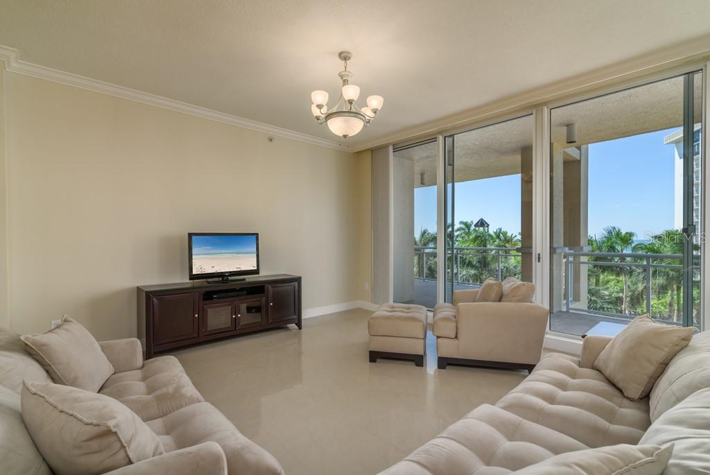 Condo for sale at 1300 Benjamin Franklin Dr #406, Sarasota, FL 34236 - MLS Number is A4417010