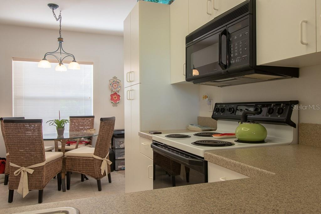 Eat in dinette with large window - Condo for sale at 9620 Club South Cir #5110, Sarasota, FL 34238 - MLS Number is A4418081