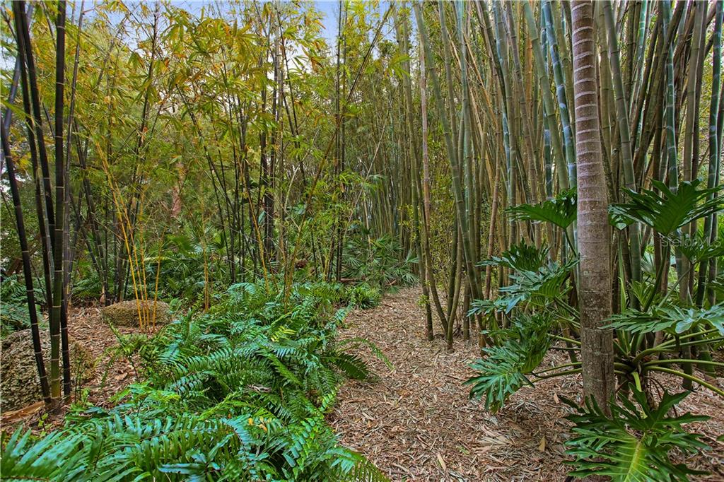 Magnificent grounds - Single Family Home for sale at 7259 Turnstone Rd, Sarasota, FL 34242 - MLS Number is A4418410