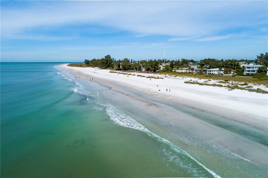 The Gulf of Mexico - Single Family Home for sale at 107 Willow Ave, Anna Maria, FL 34216 - MLS Number is A4421946