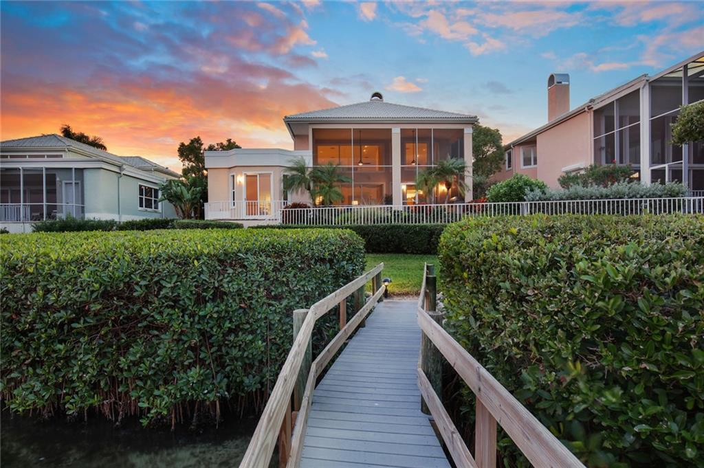 Single Family Home for sale at 3506 Mistletoe Ln, Longboat Key, FL 34228 - MLS Number is A4422020