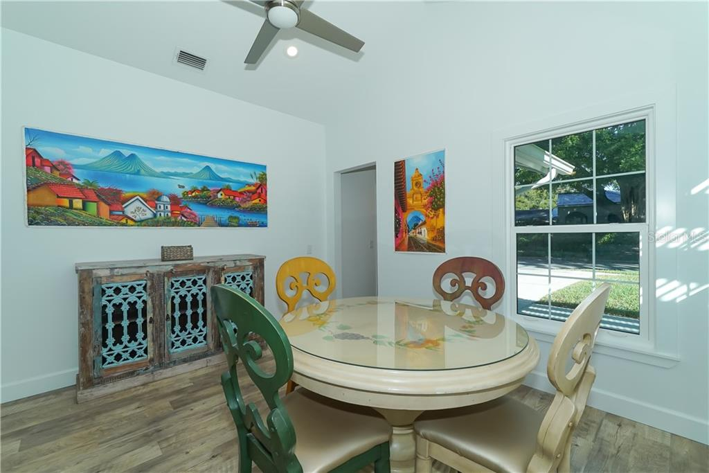 Dining Space - Single Family Home for sale at 2300 Mietaw Dr, Sarasota, FL 34239 - MLS Number is A4423151