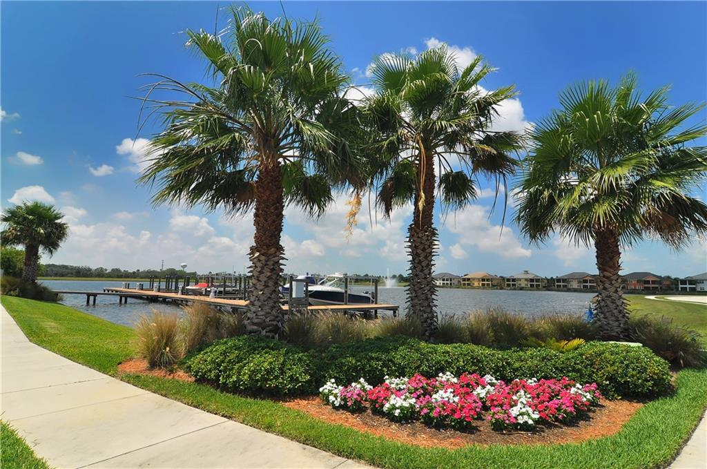 Single Family Home for sale at 922 Riverscape St, Bradenton, FL 34208 - MLS Number is A4423318