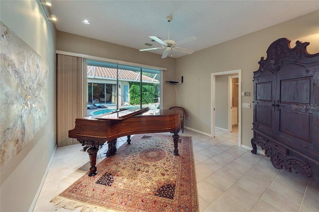 Casita - has it's own separate entrance.  Can be used as a music room, art studio, craft room or whatever your imagination creates! - Single Family Home for sale at 2972 Jeff Myers Cir, Sarasota, FL 34240 - MLS Number is A4424133