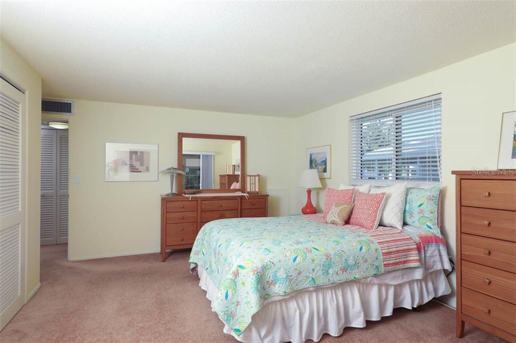 Bedroom - Condo for sale at 866 Spanish Dr S #0, Longboat Key, FL 34228 - MLS Number is A4425105