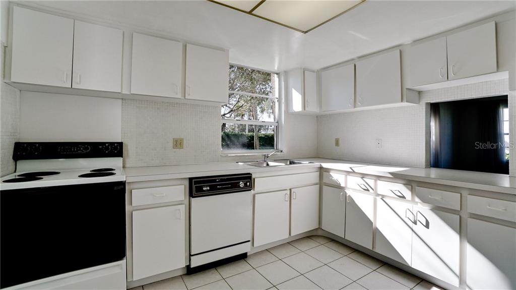 Condo for sale at 4340 Falmouth Dr #d101, Longboat Key, FL 34228 - MLS Number is A4425427