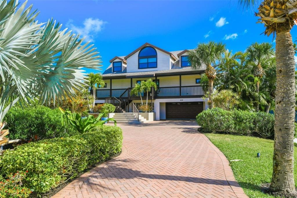 Single Family Home for sale at 504 Casey Key Rd, Nokomis, FL 34275 - MLS Number is A4426501