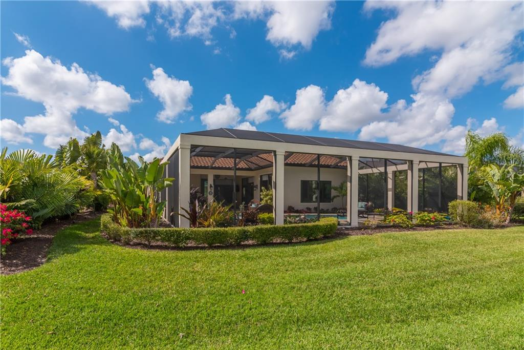 Single Family Home for sale at 3507 Founders Club Dr, Sarasota, FL 34240 - MLS Number is A4428010