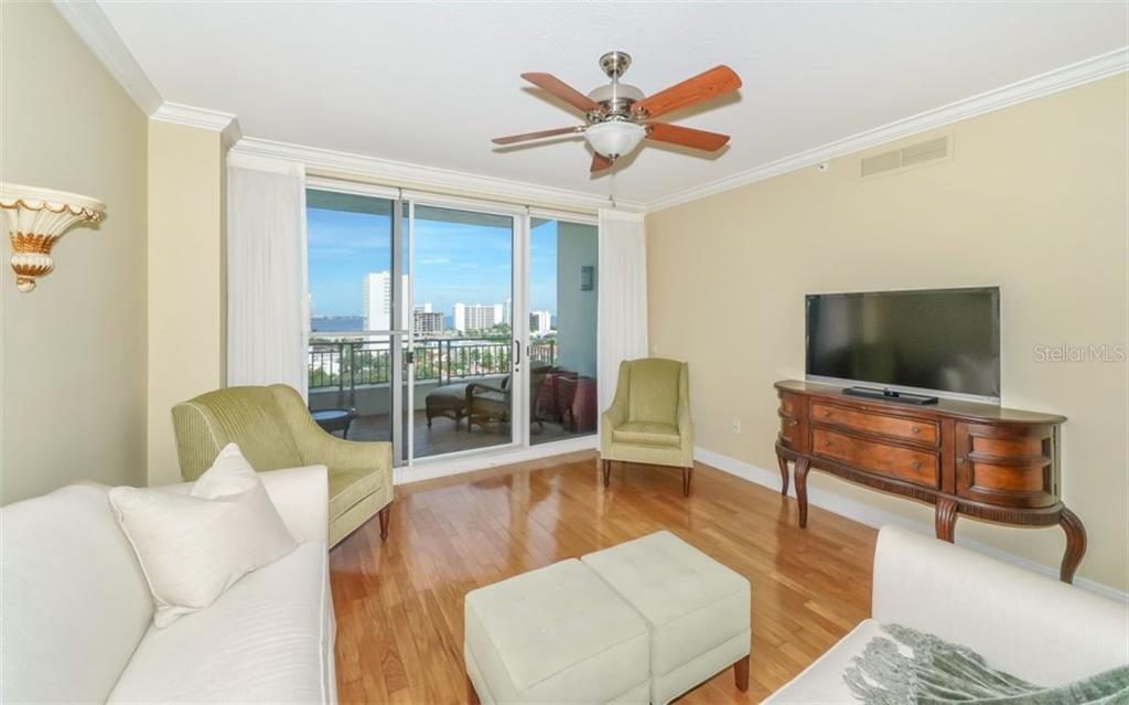 Living room - Condo for sale at 100 Central Ave #f1014, Sarasota, FL 34236 - MLS Number is A4428676