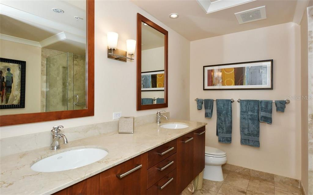 Master bath - Condo for sale at 1350 Main St #1500, Sarasota, FL 34236 - MLS Number is A4433444