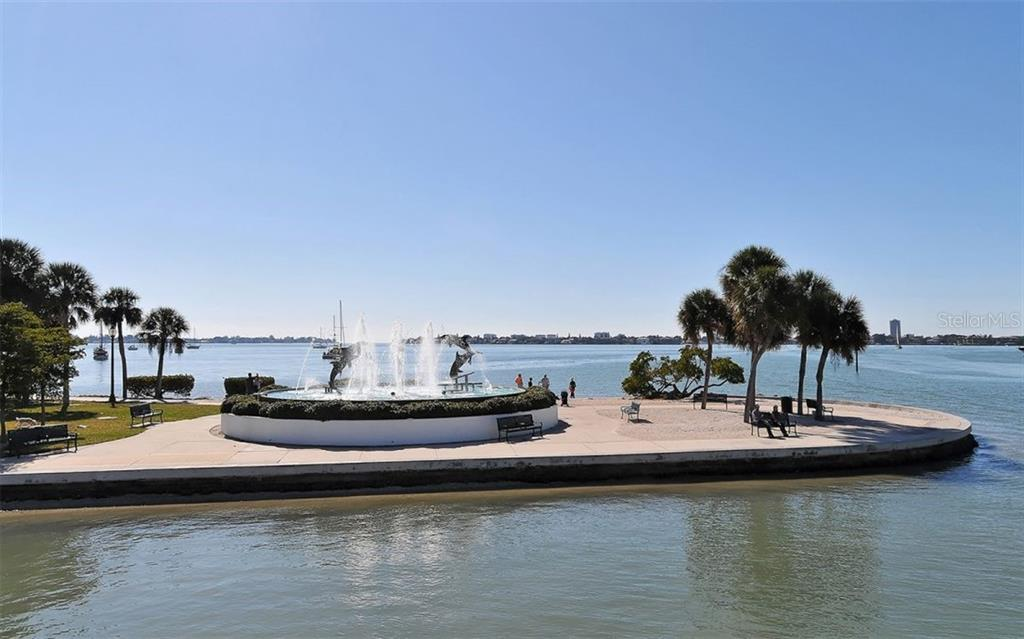 Perfect way to feel the water breezes - Condo for sale at 1350 Main St #1500, Sarasota, FL 34236 - MLS Number is A4433444
