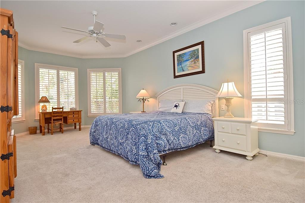 Single Family Home for sale at 1208 Solitude Ln, Sarasota, FL 34242 - MLS Number is A4435105