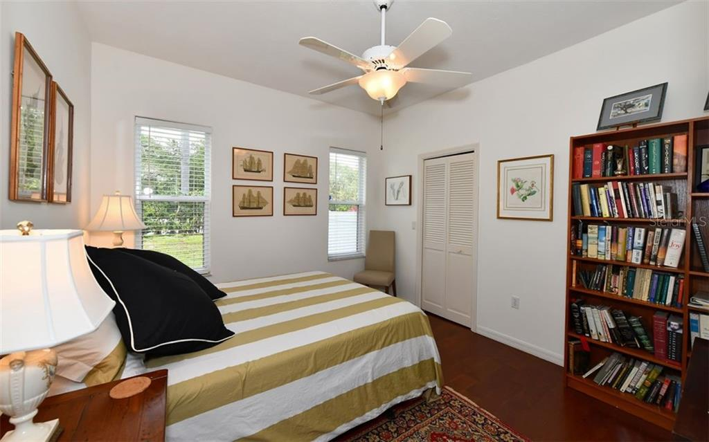 Bedroom 3 - Single Family Home for sale at 5401 Downham Meadows, Sarasota, FL 34235 - MLS Number is A4436577