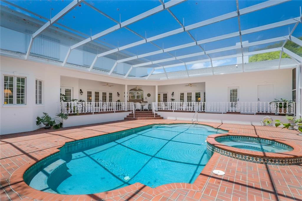 Solar Heated Saltwater Pool (17' x 33') with Pebble Tech surface (2003) and Pentair Pool Control System/Salt Clorinator (2018)! - Single Family Home for sale at 3702 Beneva Oaks Blvd, Sarasota, FL 34238 - MLS Number is A4438878