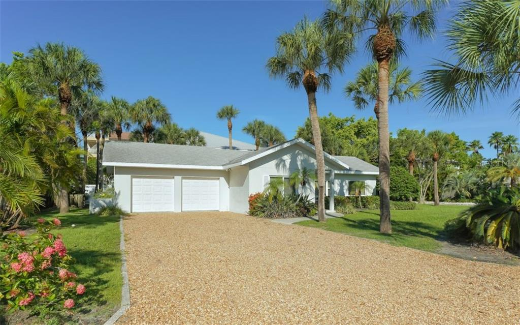 Single Family Home for sale at 43 N Polk Dr, Sarasota, FL 34236 - MLS Number is A4440606