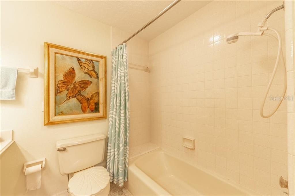 Master Bath - Townhouse for sale at 734 Sorrento Inlt, Nokomis, FL 34275 - MLS Number is A4441958