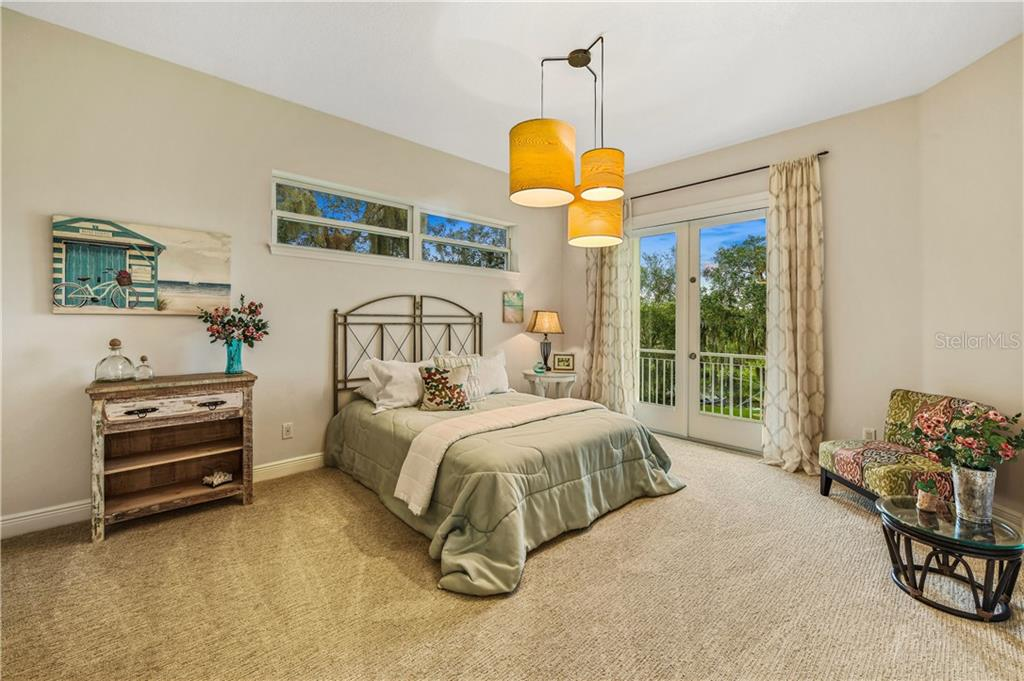 Main Level Master Suite - Single Family Home for sale at 6532 Lincoln Rd, Bradenton, FL 34203 - MLS Number is A4444732