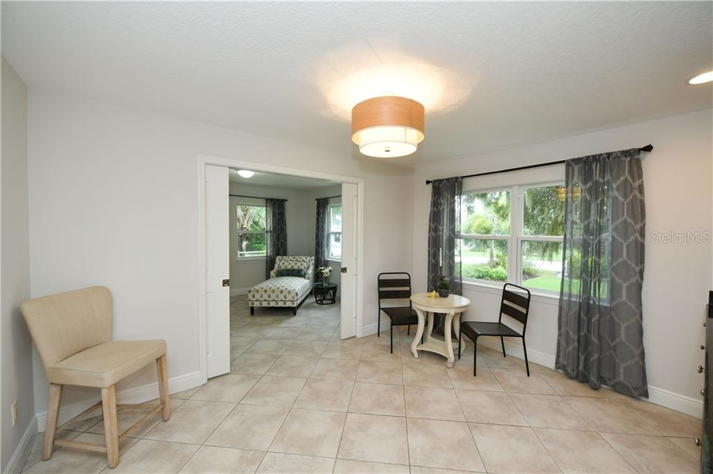 Lower Level In-Law Suite Dining - Single Family Home for sale at 6532 Lincoln Rd, Bradenton, FL 34203 - MLS Number is A4444732