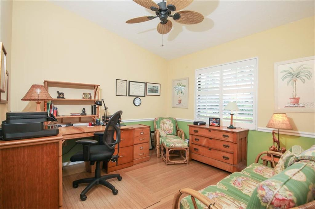 Single Family Home for sale at 7604 Weeping Willow Cir, Sarasota, FL 34241 - MLS Number is A4445603