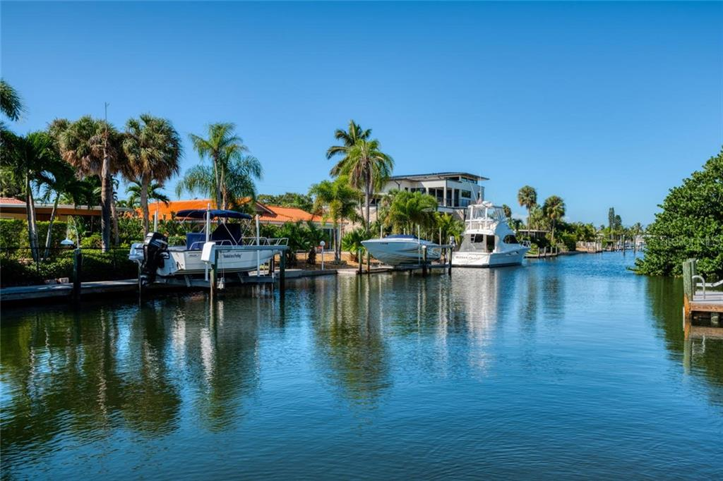Bimini Bay canal - Single Family Home for sale at 602 Baronet Ln, Holmes Beach, FL 34217 - MLS Number is A4447974