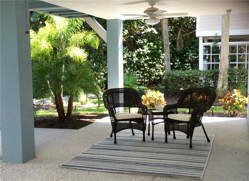 3rd Bedroom - Guest room study - Single Family Home for sale at 7010 Firehouse Rd, Longboat Key, FL 34228 - MLS Number is A4449332
