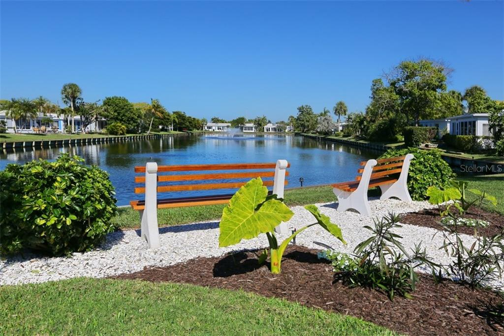 Villa for sale at 726 Spanish Dr N, Longboat Key, FL 34228 - MLS Number is A4450837