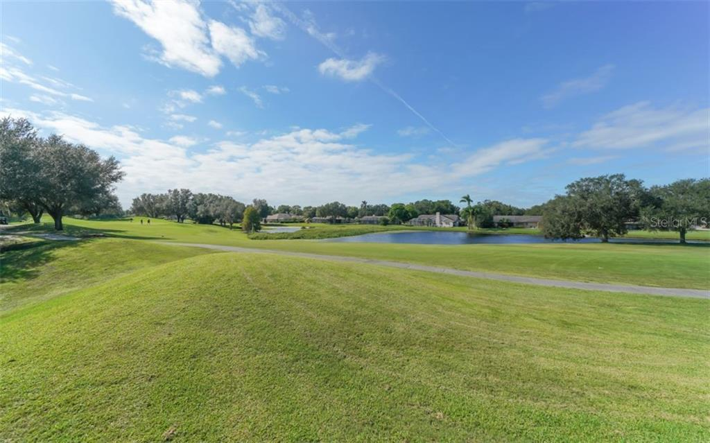 Single Family Home for sale at 6206 Glen Abbey Ln, Bradenton, FL 34202 - MLS Number is A4451577
