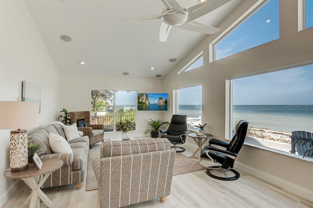 Living Room - Single Family Home for sale at 867 N Shore Dr, Anna Maria, FL 34216 - MLS Number is A4454292