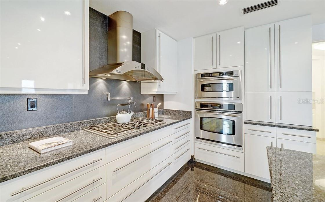 Kitchen - Wine Fridge - Condo for sale at 50 Central Ave #16 South, Sarasota, FL 34236 - MLS Number is A4454416