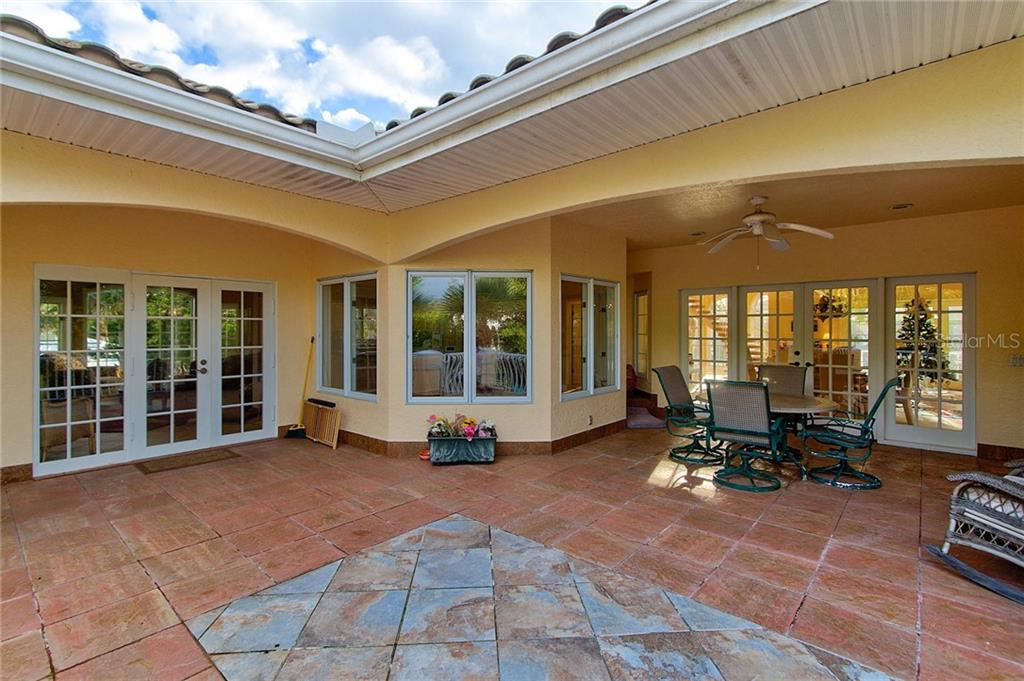 Single Family Home for sale at 3616 Casey Key Rd, Nokomis, FL 34275 - MLS Number is A4454895