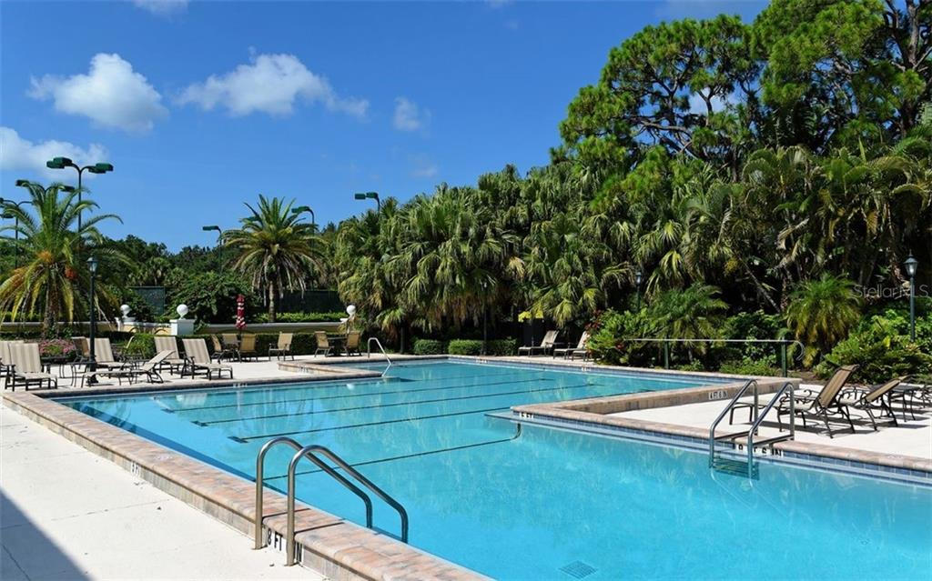 Community pool - Single Family Home for sale at 574 N Macewen Dr, Osprey, FL 34229 - MLS Number is A4455085