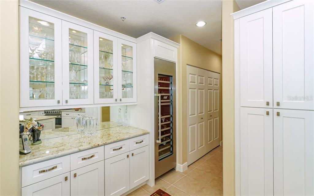 Kitchen - Thermador split temperature wine cooler - Condo for sale at 1771 Ringling Blvd #ph305, Sarasota, FL 34236 - MLS Number is A4455755
