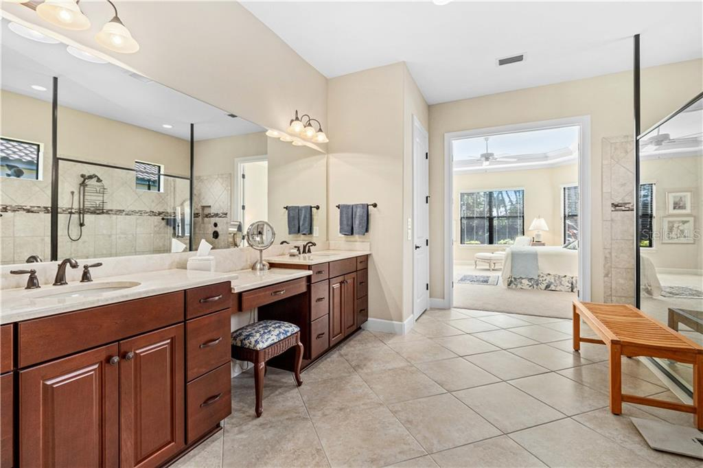 Single Family Home for sale at 4185 Cascina Way, Sarasota, FL 34238 - MLS Number is A4457099