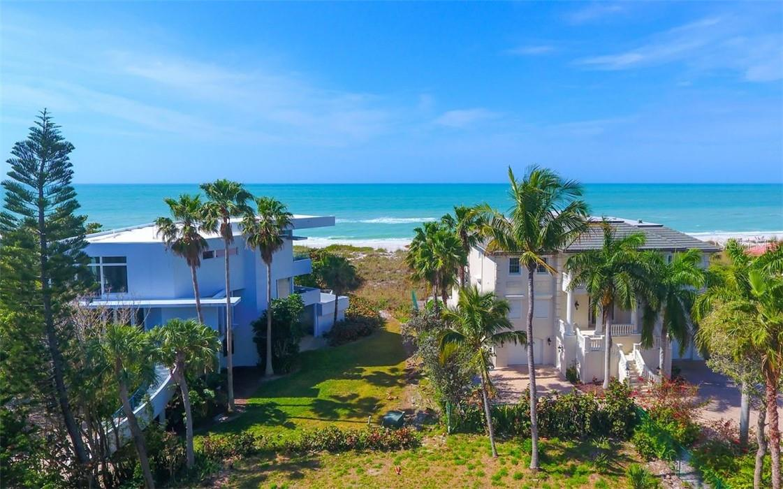 Deeded pathway to the beach that leads to Gulf of Mexico. - Vacant Land for sale at 5809 Gulf Of Mexico Dr, Longboat Key, FL 34228 - MLS Number is A4460950