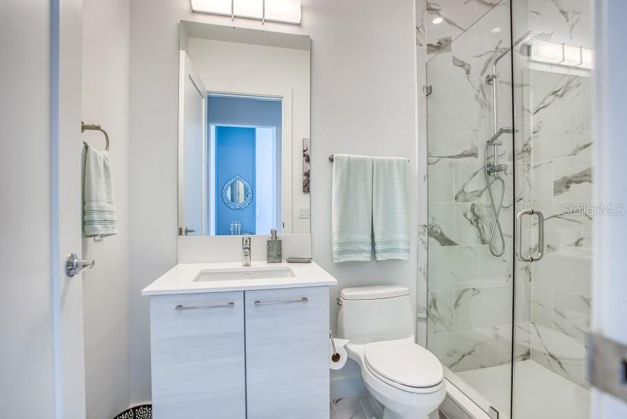En suite 3 - Condo for sale at 1155 N Gulfstream Ave #1909, Sarasota, FL 34236 - MLS Number is A4461040