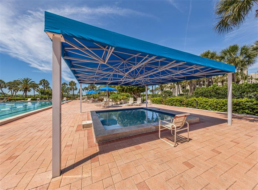 Condo for sale at 1045 Gulf Of Mexico Dr #105, Longboat Key, FL 34228 - MLS Number is A4466857
