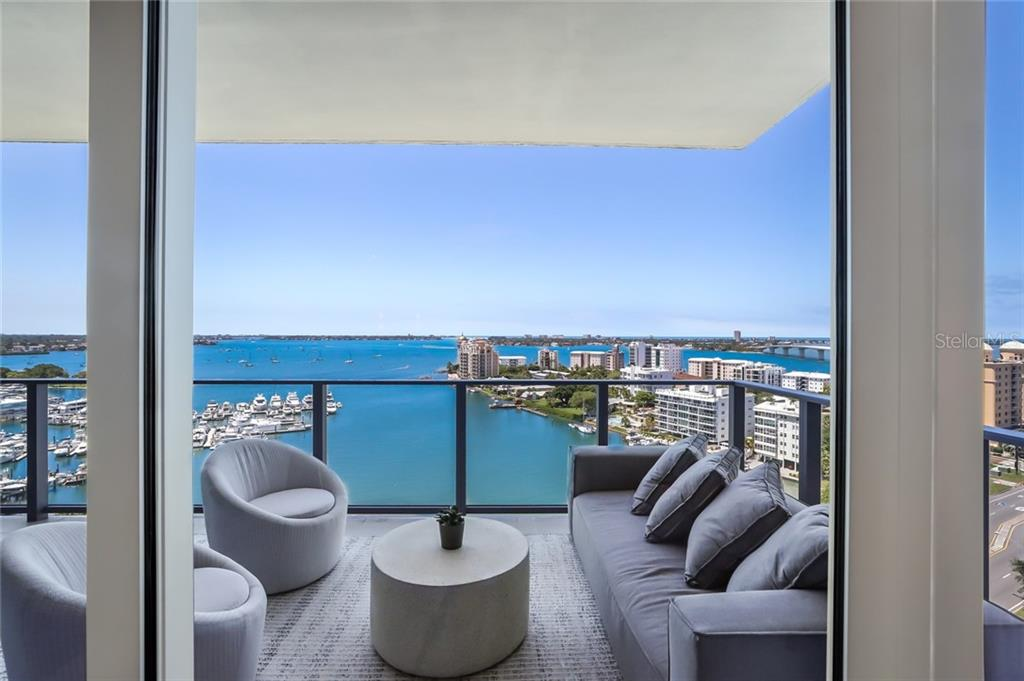A large terrace allows for lots of outdoor lounging or entertaining. - Condo for sale at 1155 N Gulfstream Ave #1404, Sarasota, FL 34236 - MLS Number is A4467921