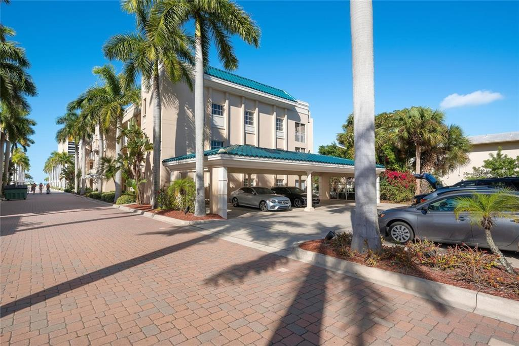 Condo for sale at 5963 Midnight Pass Rd #334, Sarasota, FL 34242 - MLS Number is A4470357