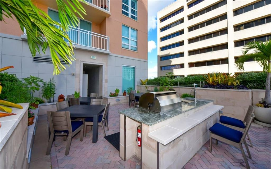 Grilling area - Condo for sale at 1350 Main St #701, Sarasota, FL 34236 - MLS Number is A4472236