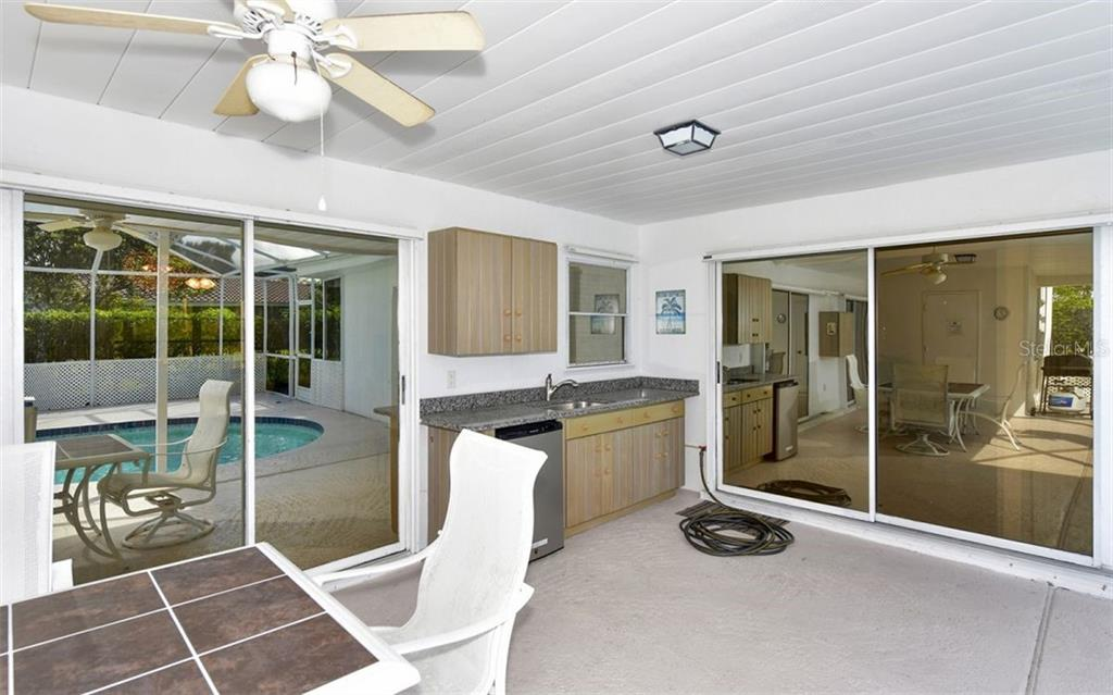 Single Family Home for sale at 431 Bellini Cir, Nokomis, FL 34275 - MLS Number is A4474434