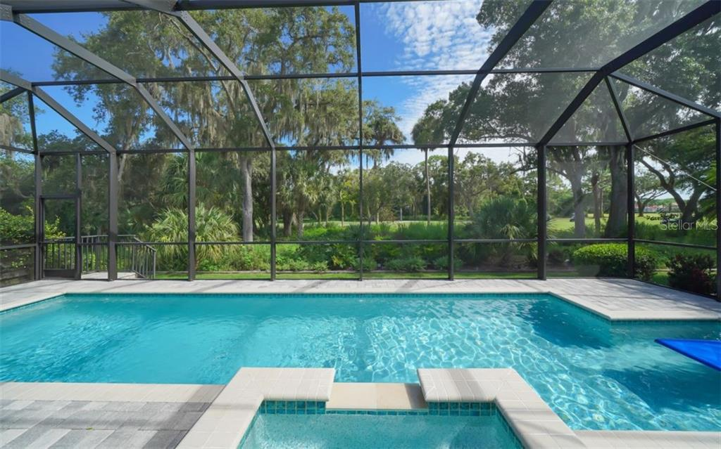 Single Family Home for sale at 3538 Trebor Ln, Sarasota, FL 34235 - MLS Number is A4475545